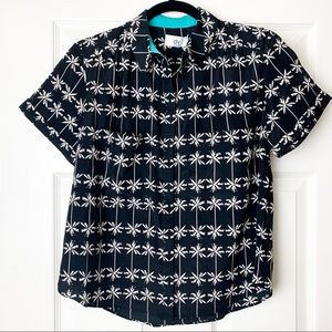 NEW Dolce Vita palm tree print cropped button up M